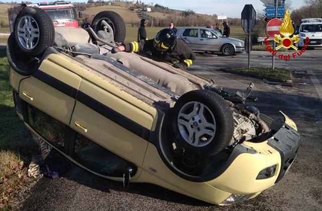 L'incidente sulla provinciale Arceviese tra Serra de' Conti e Barbara
