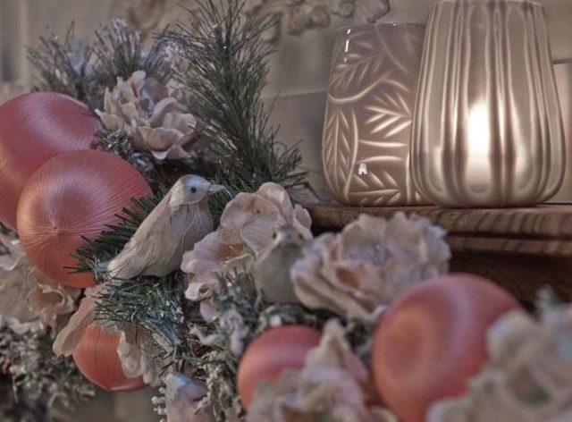 Il rosa cipria è il colore must del Natale 2018