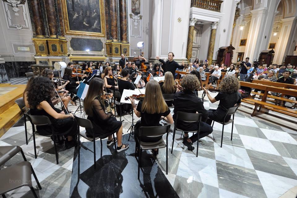 Osimo, un'orchestra con 100 elementi per il Gran Concerto di Natale
