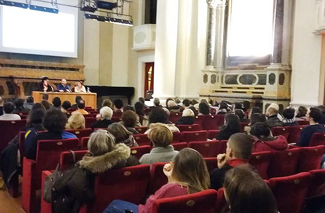 """Migranti e accoglienza, Senigallia """"analizza"""" il modello Riace"""