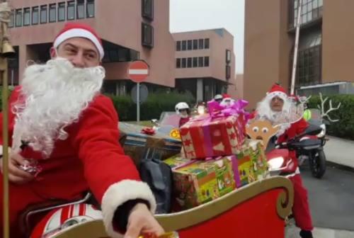 La carica dei Babbi Natale in moto per i piccoli cardiopatici di Torrette