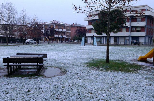 Pochi centimetri di neve caduti a Senigallia