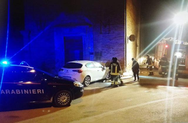 La scena dell'incidente contro la chiesa dell'Incancellata a Corinaldo