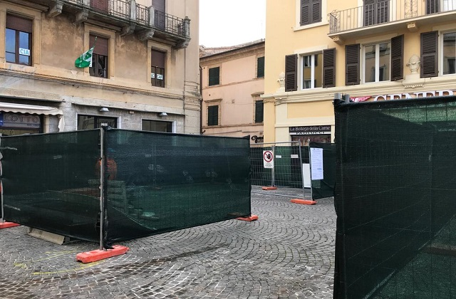 Il cantiere in centro a Osimo