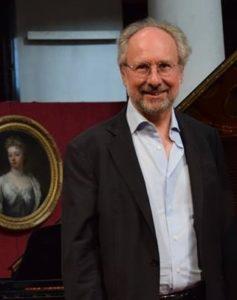 Il direttore artistico Vincenzo De Vivo