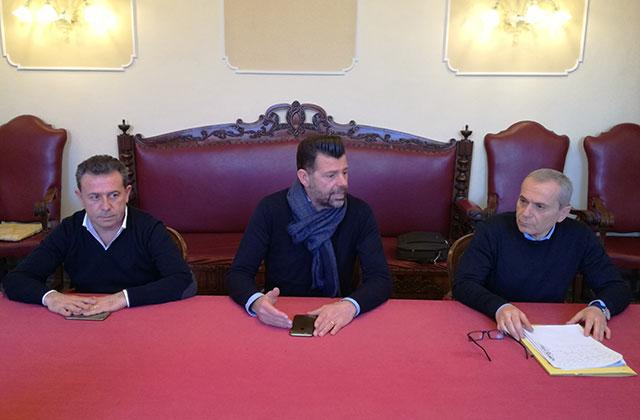 Da Sinistra: il vicesindaco Memè, il sindaco Mangialardi e il segretario comunale Morganti