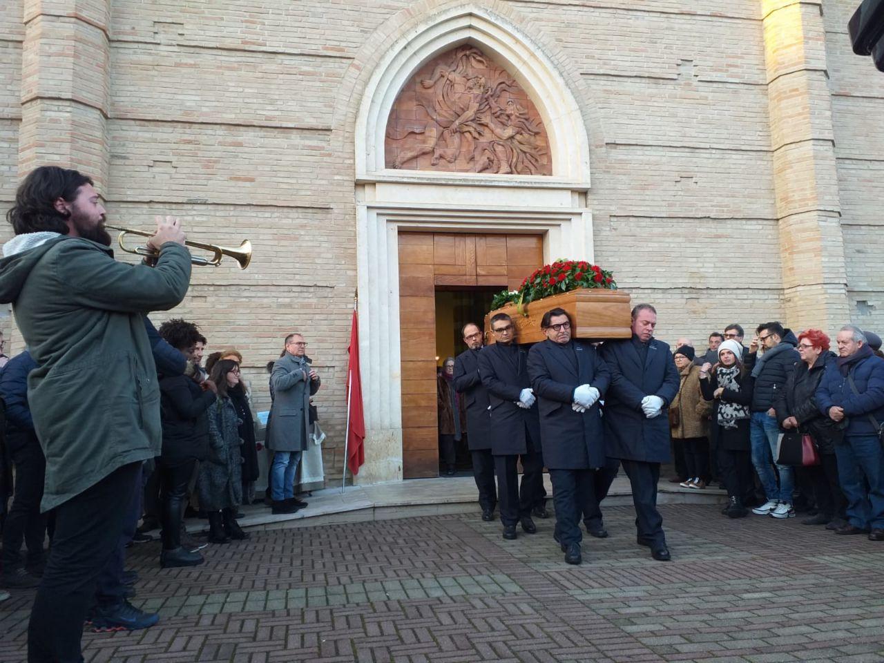 Il funerale di Bruno Brunori