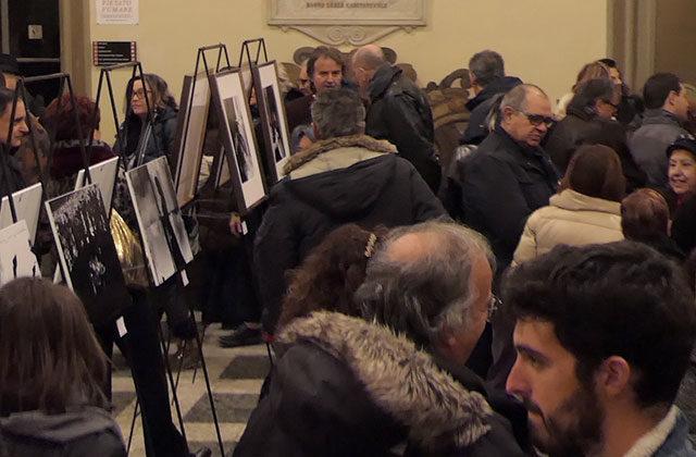 """L'inaugurazione a Ostra della mostra """"Sulle orme del poeta"""""""