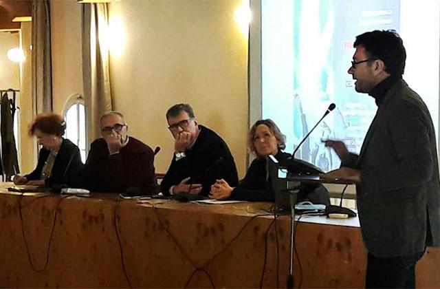 La presentazione in biblioteca a Senigallia del Comitato Genitori Unitario: l'intervento del garante regionale Nobili