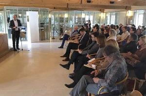 La presentazione in biblioteca a Senigallia del Comitato Genitori Unitario: l'intervento del presidente del consiglio regionale Mastrovincenzo