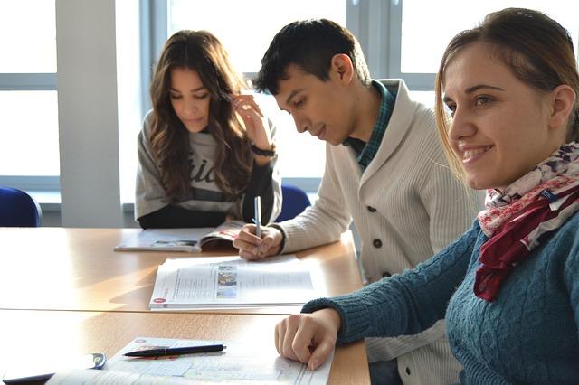Criteria to choose a language certification