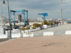 I vetri sparsi al porto
