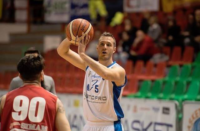 Il capitano Filiberto Dri, migliore in campo della Ristopro Fabriano nella vittoria a Catanzaro