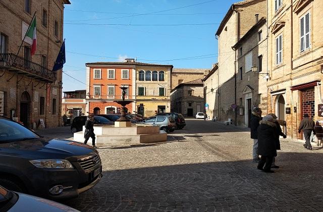 La chiesa Collegiata in piazza della Repubblica dove sarà celebrato il funerale