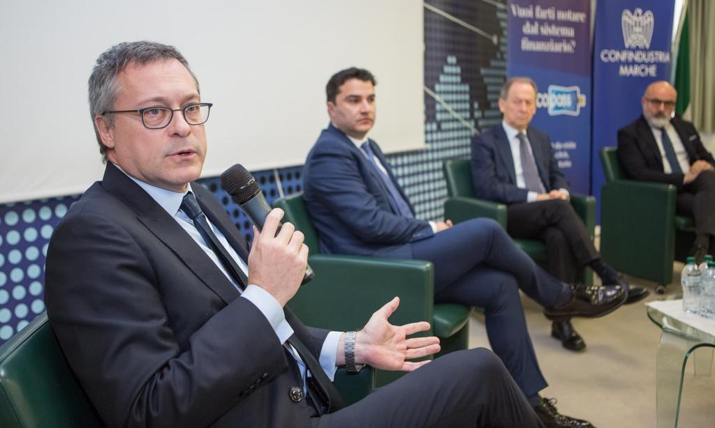 """In primo piano Carlo Bonomi nel corso del convegno sul tema """"Credito e Finanza per la crescita delle imprese"""" presso la sede di Confindustria"""