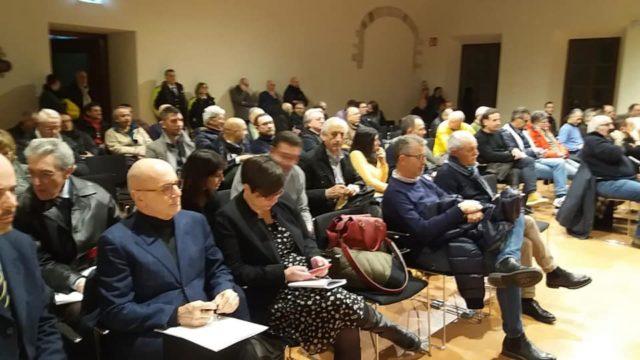 I presenti al Consiglio comunale sulla Quadrilatero
