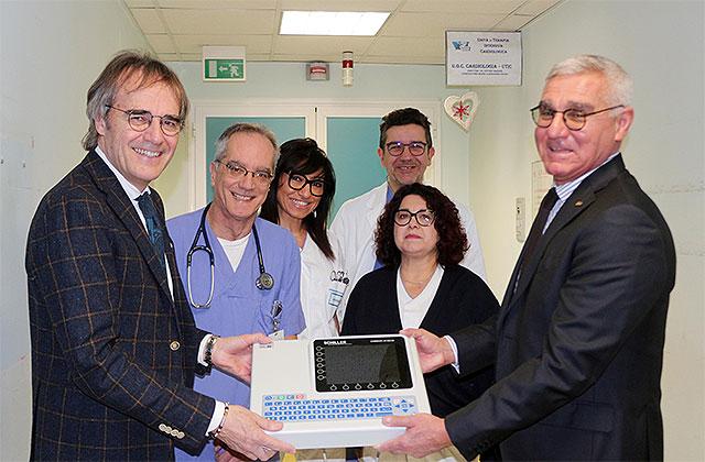 L'associazione Cuore di Velluto ha donato un elettrocardiografo al reparto di cardiologia dell'ospedale di Senigallia
