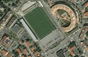 L'area dello stadio Bianchelli e dei parcheggi. Sulla sinistra la palestra di via Campo Boario, sulla destra l'ex consorzio agrario