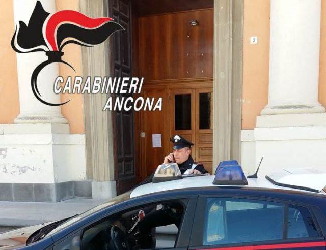 Senigallia, riprova ad appiccare un altro incendio in chiesa, arrestato piromane