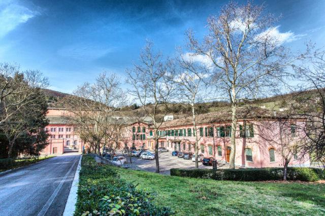 Il complesso storico Cartiere Miliani (foto tratta dal sito archeologia industriale)