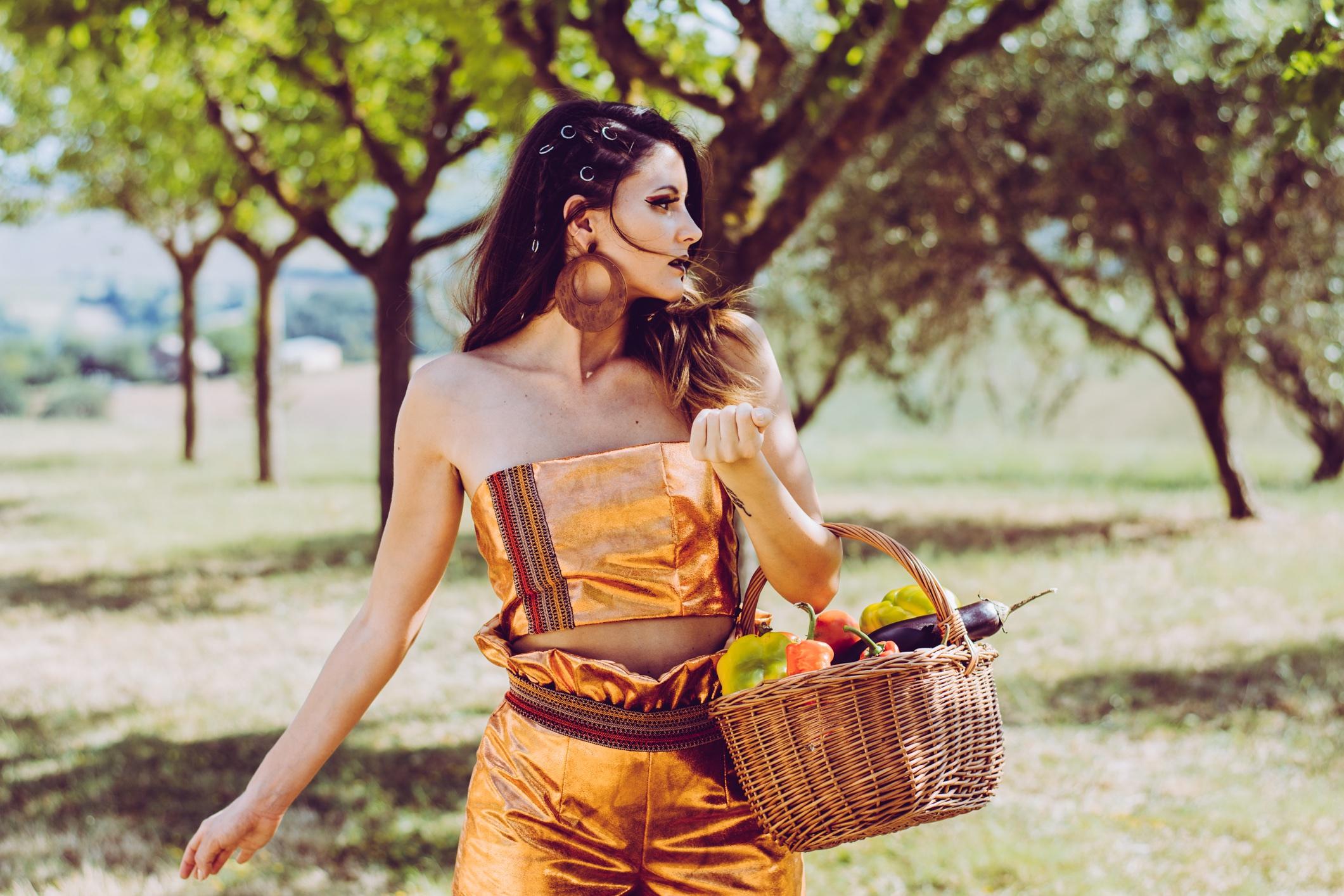 Lucia Tittarelli e la sua moda a Km zero. Tra contaminazione e social