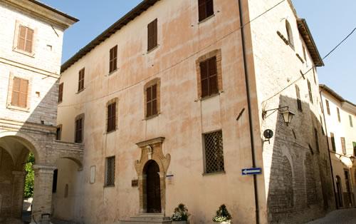 Sassoferrato, doppio appuntamento a Palazzo Oliva per grandi e bimbi