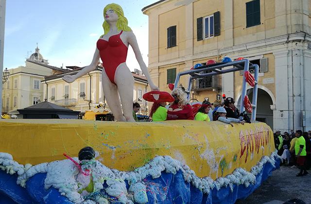 Senigallia, al via il Carnevale: sfilate, maschere e premi