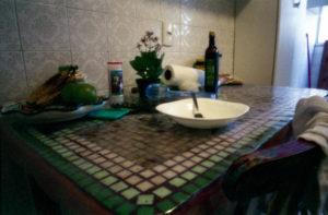 """Cozinha"", fotografia stenopeica di Marcelo Marsan"