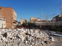 Iniziata la demolizione degli edifici a Villanova
