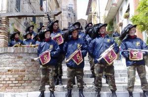 Raduno dei bersaglieri alla festa dei folli a Corinaldo