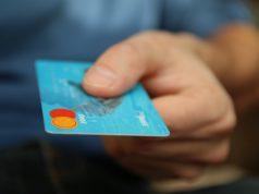 soldi, carta di credito, pagamento