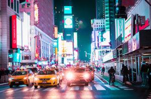 Auto e traffico a Times Square, New York