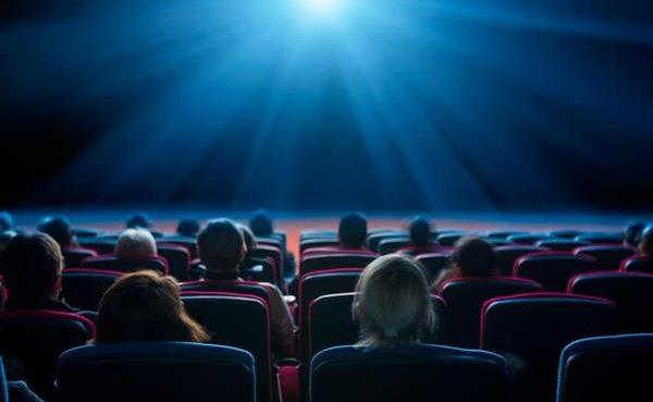 Il Coronavirus ferma il cinema: tante le uscite rinviate