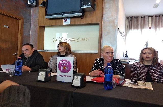"""Monica Santoni presenta la lista """"Osimo civica"""" a sostegno di Latini"""