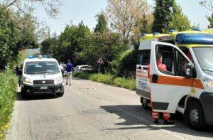 Ancona, incidente in via della Madonnetta