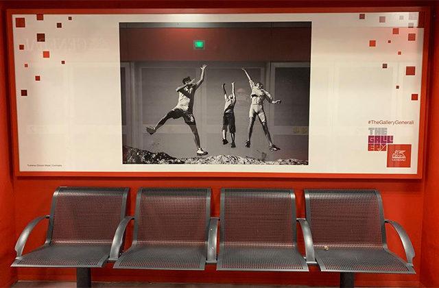 Le fotografie di Lorenzo Cicconi Massi esposte alla stazione Tre Torri della linea M5 di Milano