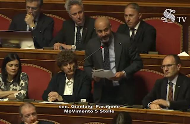 L'intervento nell'aula del Senato di Gianluigi Paragone (M5S) che ha letto la lettera dell'imprenditore senigalliese Riccardo Morpurgo