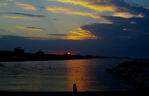 La spiaggia di Senigallia al tramonto. Foto di Carlo Leone