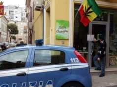 La Polizia chiude il cannabis shop
