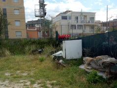 degrado nell'area ex Sacelit-Italcementi di Senigallia