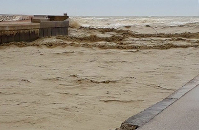 Il fiume Misa in piena durante il maltempo del 12 e 13 maggio 2019