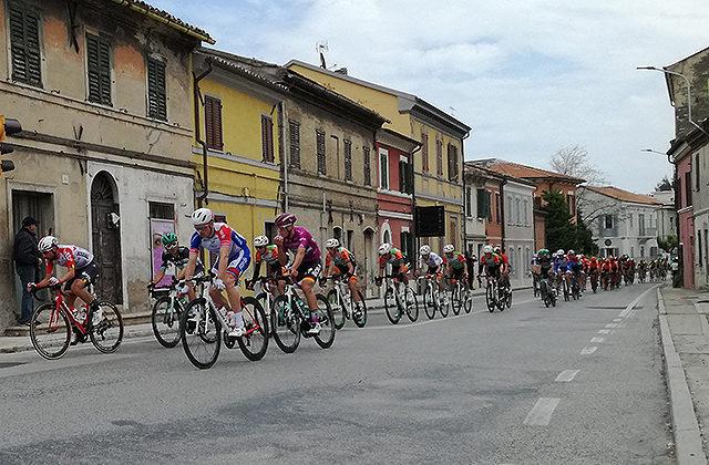 Il passaggio del Giro d'Italia 2019 a Senigallia