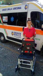 Una delle seggioline donate alla Croce Gialla di Ancona