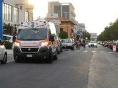 L'intervento dell'ambulanza sul lungomare a Senigallia