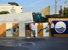 Il murale realizzato a Senigallia per la bandiera blu