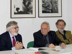 Da sinistra il prof. GianMario Raggetti, Carlo Emanuele Bugatti e Stefano Schiavoni durante un incontro al Musinf nel 2012