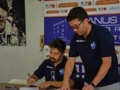 """Il presidente Mario Di Salvo (a sinistra) si conferma anche """"main sponsor"""" della Janus Fabriano con il marchio Ristopro (foto di Martina Lippera)"""