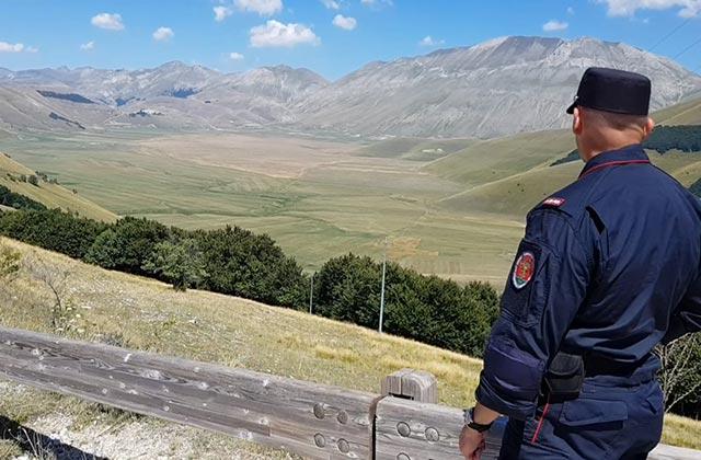 I controlli dei Carabinieri Forestali a Castelluccio di Norcia