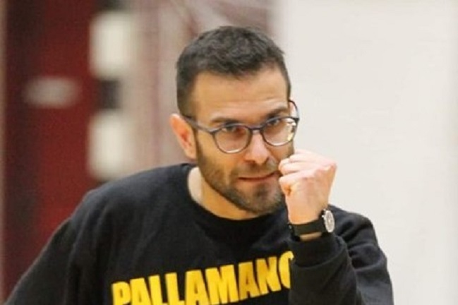 Coach Sergio Palazzi, Pallamano Camerano