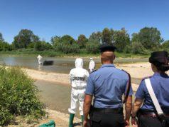 Carabinieri e polizia Scientifica sul posto